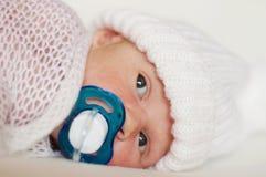 Nouveau-né avec la tétine Photos libres de droits