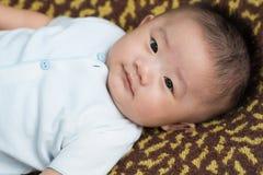 Nouveau-né masculin asiatique image stock