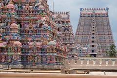 Nouveau passage de temple chez Trichy dans Tamil Nadu photos stock