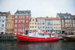 Nouveau port de Nyhavn Région populaire de Copenhague denmark image libre de droits