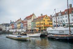 Nouveau port de Nyhavn Région populaire de Copenhague denmark photos stock