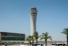 Nouveau tour de contrôle d'aéroport international de Ben Gurion Photo libre de droits