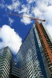 Nouveaux bâtiments de tour en construction photos libres de droits