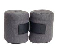 Nouveaux bandages gris de tricots de cheval d'isolement sur le blanc Photos stock