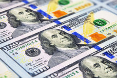 Nouveaux 100 billets de banque de dollar US Photographie stock