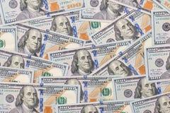100 nouveaux billets de banque de dollar US Image libre de droits