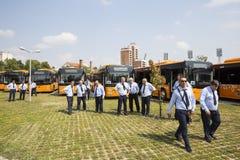 Nouveaux chauffeurs de bus de transport en commun Image stock