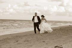 Nouveaux mariés Photos stock