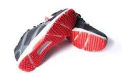 Nouveaux noir et rouge sans marque de couleur de chaussure de course Images stock