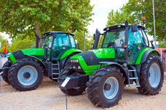 Nouveaux tracteurs Photographie stock libre de droits