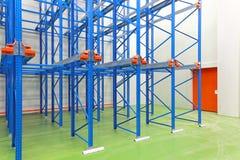 Nouvel entrepôt vide Photos stock