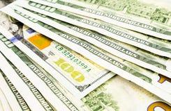 Nouvelle édition 100 billets de banque du dollar, devise pour l'investissement et Bu Images libres de droits