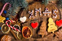 Nouvelle année et festins et bonbons de Noël WI de gaufres et de biscuits image libre de droits