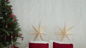 2019 Nouvelle année 2019 Le décor de nouvelle année, guirlandes colorées, chaussettes de Noël Arbre de Noël sur l'arbre de Noël clips vidéos