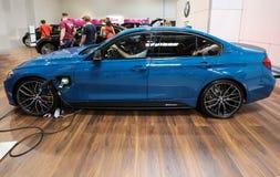 Nouvelle automobile électrique de BMW i8 montrée à la 3ème édition de l'EXPOSITION de MOTO à Cracovie poland Images stock