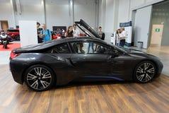 Nouvelle automobile électrique de BMW i8 montrée à la 3ème édition de l'EXPOSITION de MOTO à Cracovie poland Photo stock