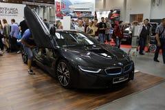 Nouvelle automobile électrique de BMW i8 montrée à la 3ème édition de l'EXPOSITION de MOTO à Cracovie poland Images libres de droits