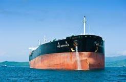 Nouvelle avance vide de vraquier dans les routes Compartiment de Nakhodka Mer est (du Japon) 01 06 2012 Image libre de droits