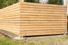 Nouvelle barrière de bois de construction Photos libres de droits