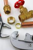 Nouvelle canalisation de cuivre prête pour la construction Images libres de droits