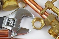 Nouvelle canalisation de cuivre prête pour la construction Images stock