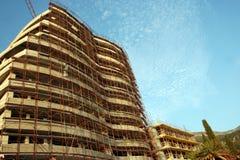 Nouvelle construction d'hôtel dans Rafailovici photo libre de droits