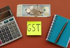 Nouvelle devise et marchandises et taxe sur les services photo libre de droits
