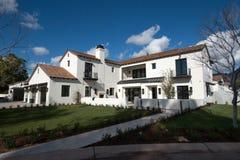 Nouvelle maison de luxe classique moderne extérieure en Arizona Images libres de droits