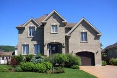 Nouvelle maison de prestige Photos stock