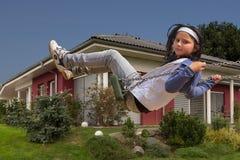 Nouvelle maison et enfant Photos libres de droits