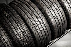 Nouvelle pile de pneus Photo libre de droits