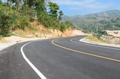 Nouvelle route à la colline Photos stock