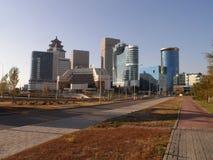 Nouvelle ville - partie laissée photos stock