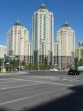 Nouvelle ville - vue de rue photos stock
