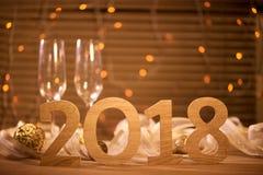 2018 Nouvelles années de la veille de fond de célébration avec le champagne Photo stock