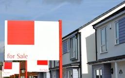 Nouvelles Chambres de construction à vendre Photo stock