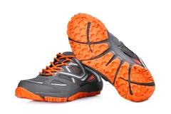 Nouvelles chaussures sans marque de sport d'isolement sur le blanc Images libres de droits