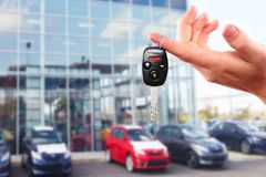 Nouvelles clés de voiture. Images libres de droits