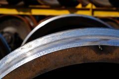 Nouvelles roues en métal de train Photographie stock