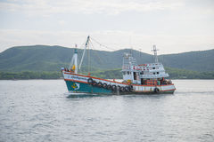 14 Nov 2014 - Fishing ship sails in the Gulf of Thailand. The pi Stock Photography