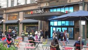 Nov 9 Macys sklepu wejście przy NYC zbiory