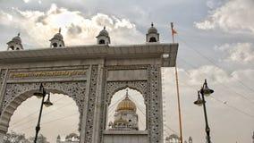 NOVA DELI, ÍNDIA - 21 DE ABRIL DE 2007, o sahib do bangla de Gurudwara é o local de culto sikh o mais proeminente em Deli abriu e foto de stock royalty free