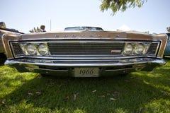 Nova-iorquino 1966 de Chrysler Imagens de Stock Royalty Free