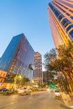 NOVA ORLEÃES - 20 DE JANEIRO DE 2016: Ruas da cidade na noite novo Fotografia de Stock Royalty Free