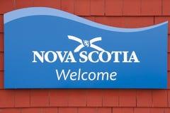 Nova Scotia Welcome Sign - Kanada royaltyfria foton