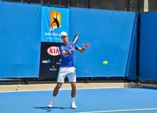 Novak Djokovic практикуя в открытом чемпионате Австралии по теннису стоковая фотография rf