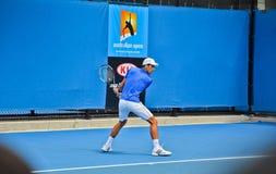 Novak Djokovic практикуя в открытом чемпионате Австралии по теннису стоковые изображения
