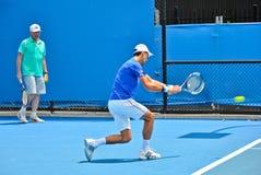 Novak Djokovic практикуя с Boris Becker стоковые фотографии rf