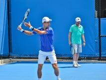 Novak Djokovic ćwiczy z Boris Becker Zdjęcie Royalty Free