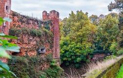 Novara Altes ruiniertes Schloss Abtei von San Nazzaro Sezies, Anfang 1040 versprochen stockfoto